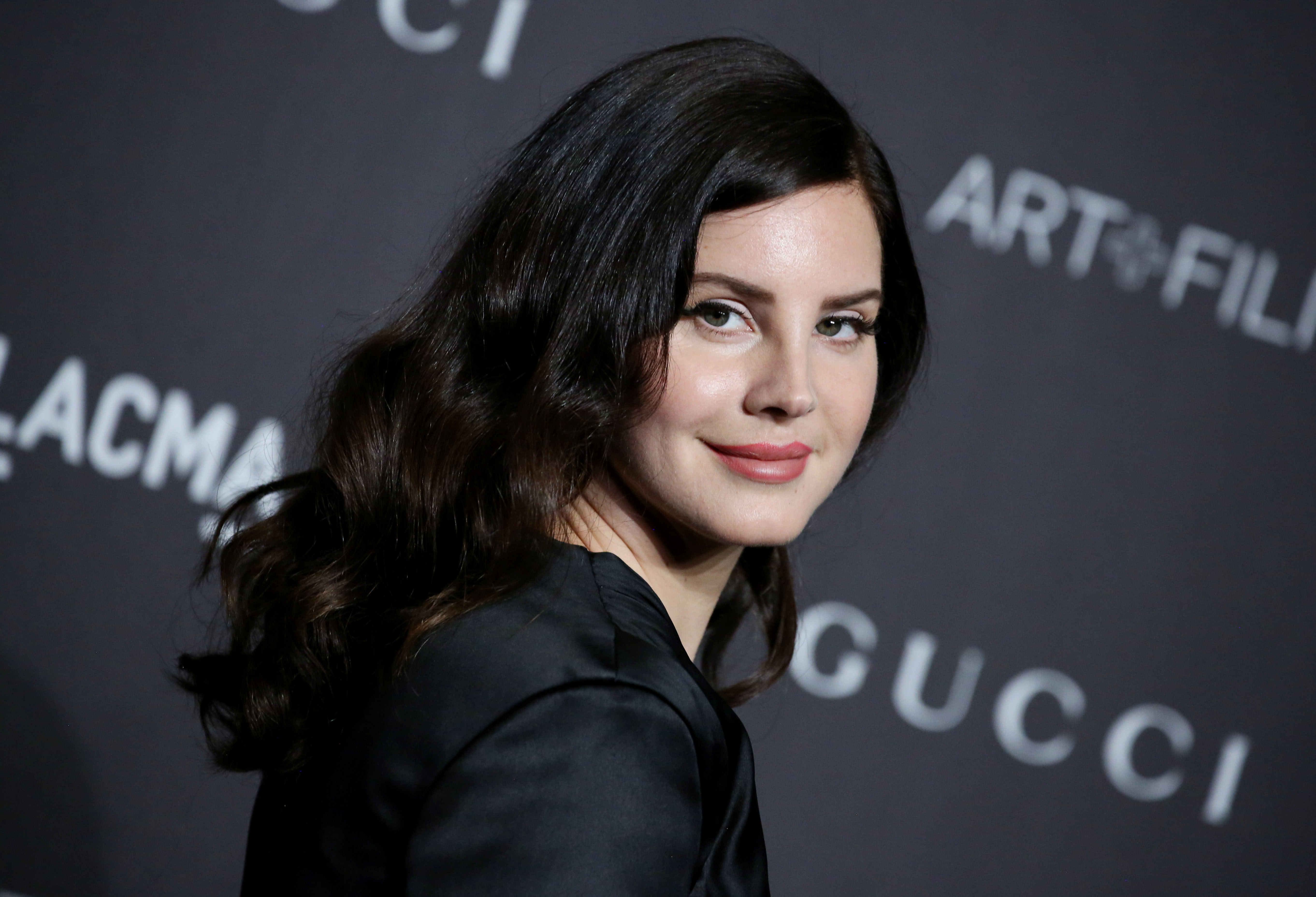 Lana Del Rey Is Looking For Local Acts to Support Her at ...